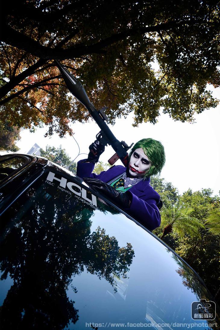 Dark Knight Joker cosplay by kimberlystudio