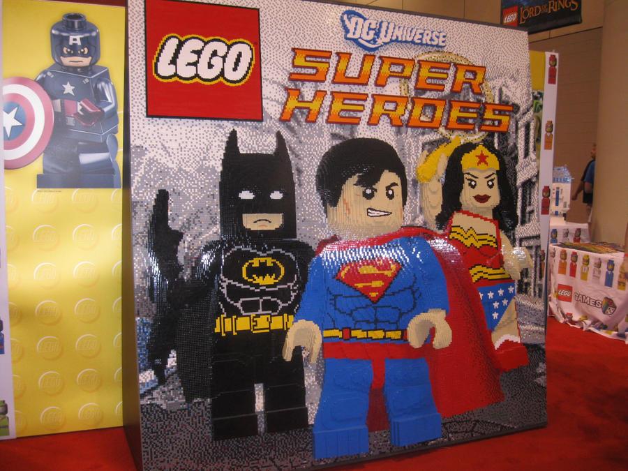Lego DC Hero's mural by Brutechieftan