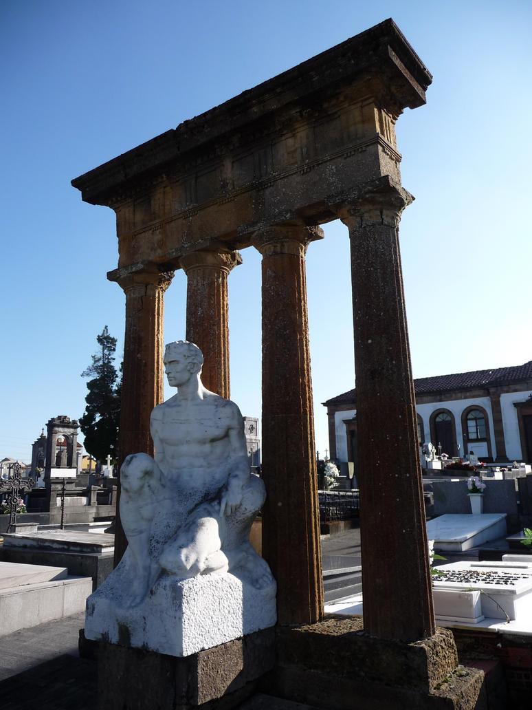 Cementerio de Oviedo_1 by abelgalois