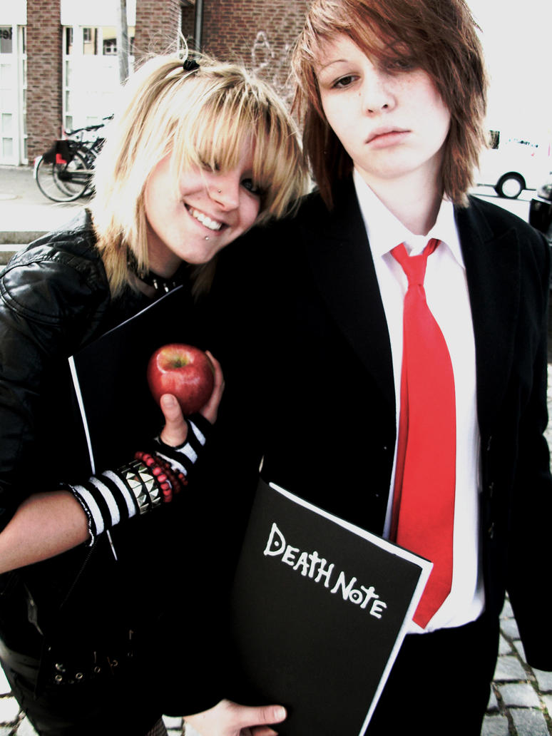 misa cosplay and Light