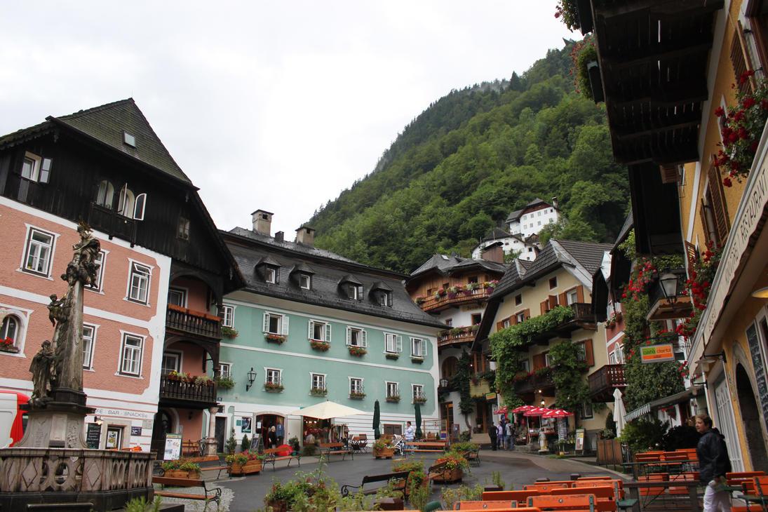 Hallstatt, Austria by treadstone01