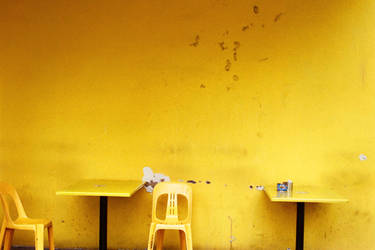 Yellow Cafe by chashmish