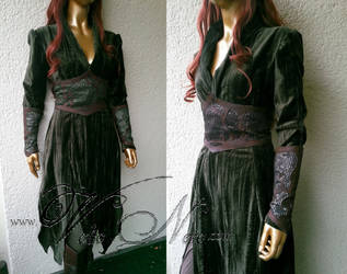 Tauriel The Hobbit cosplay costume by Volto-Nero-Costumes