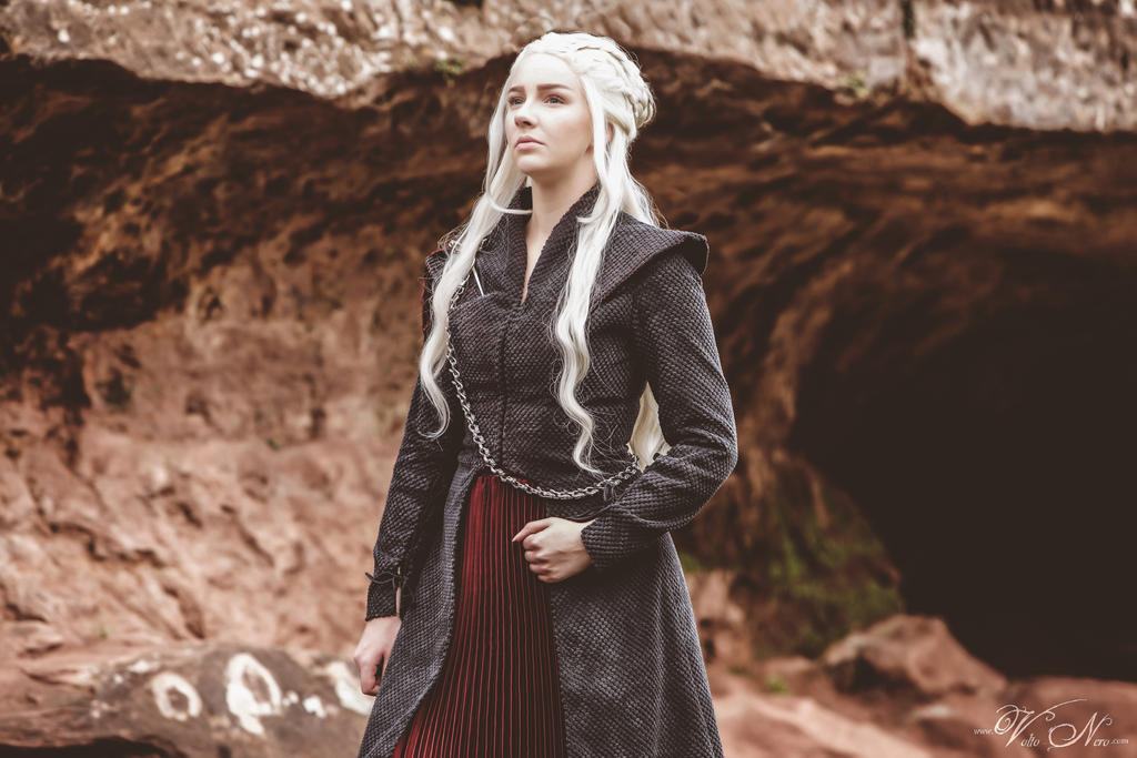 Volto nero costumes evelyn korn deviantart for Daenerys jewelry season 7