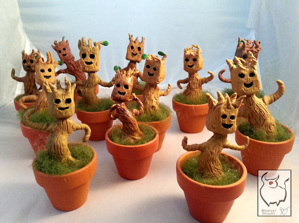 Dancing Baby Groots - Batch 001 by Flooboo