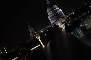 London Night Walk by Destinys-spirits
