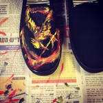 Mockingjay shoes by kyo31