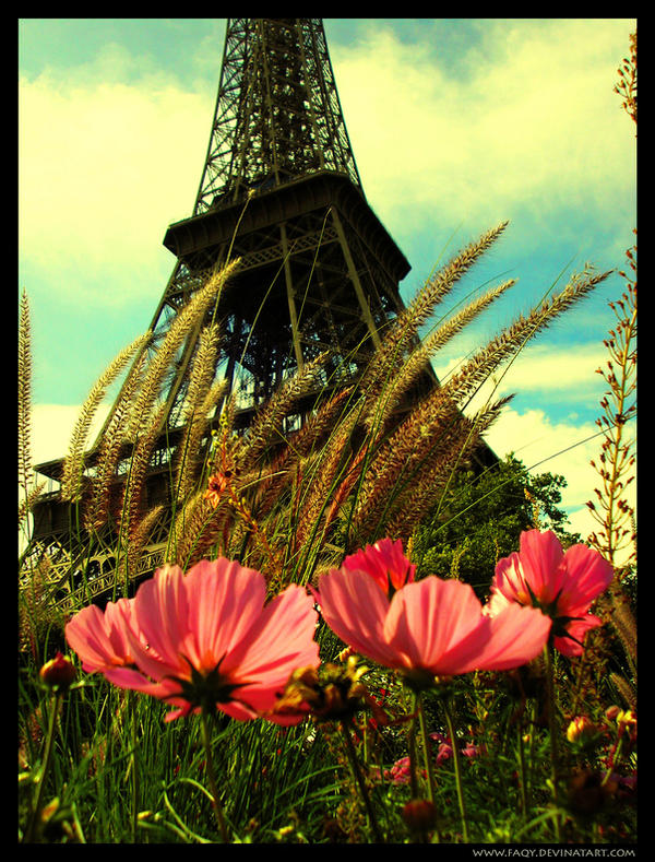Paris: Eiffel Tower ..