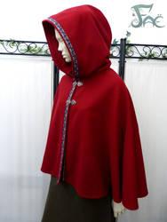 Short red wool cloak by Herilome