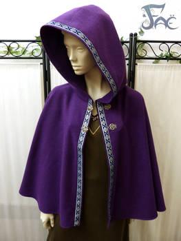 Purple wool short cloak