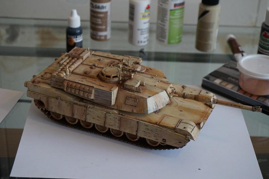 1/35 abrams tank by LoonyLunie