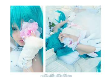 Miku Hatsune - sleeping soundly. by Mizukishou
