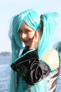 Miku contest entry DO NOT FAVORITE THIS ONE