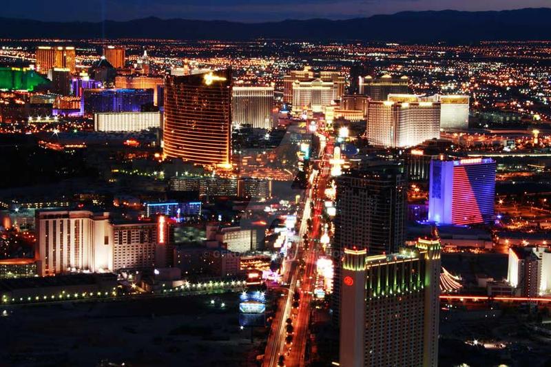 Las Vegas by Night by geko78