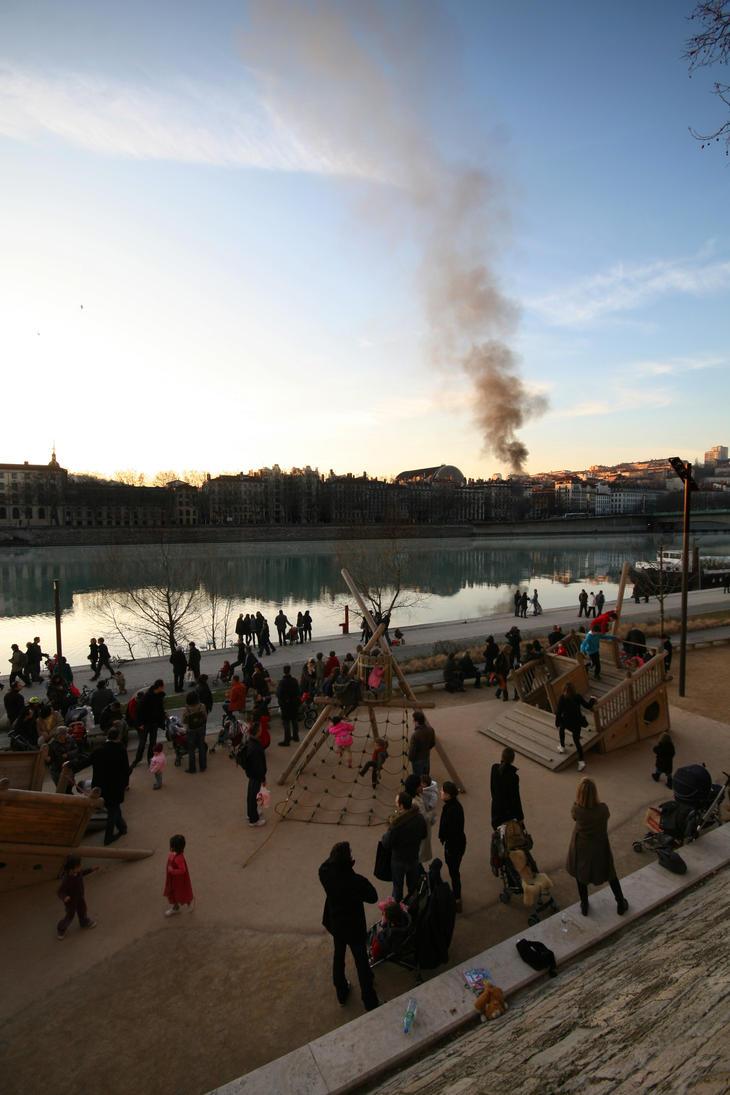 Lyon after Brueghel by djailledie