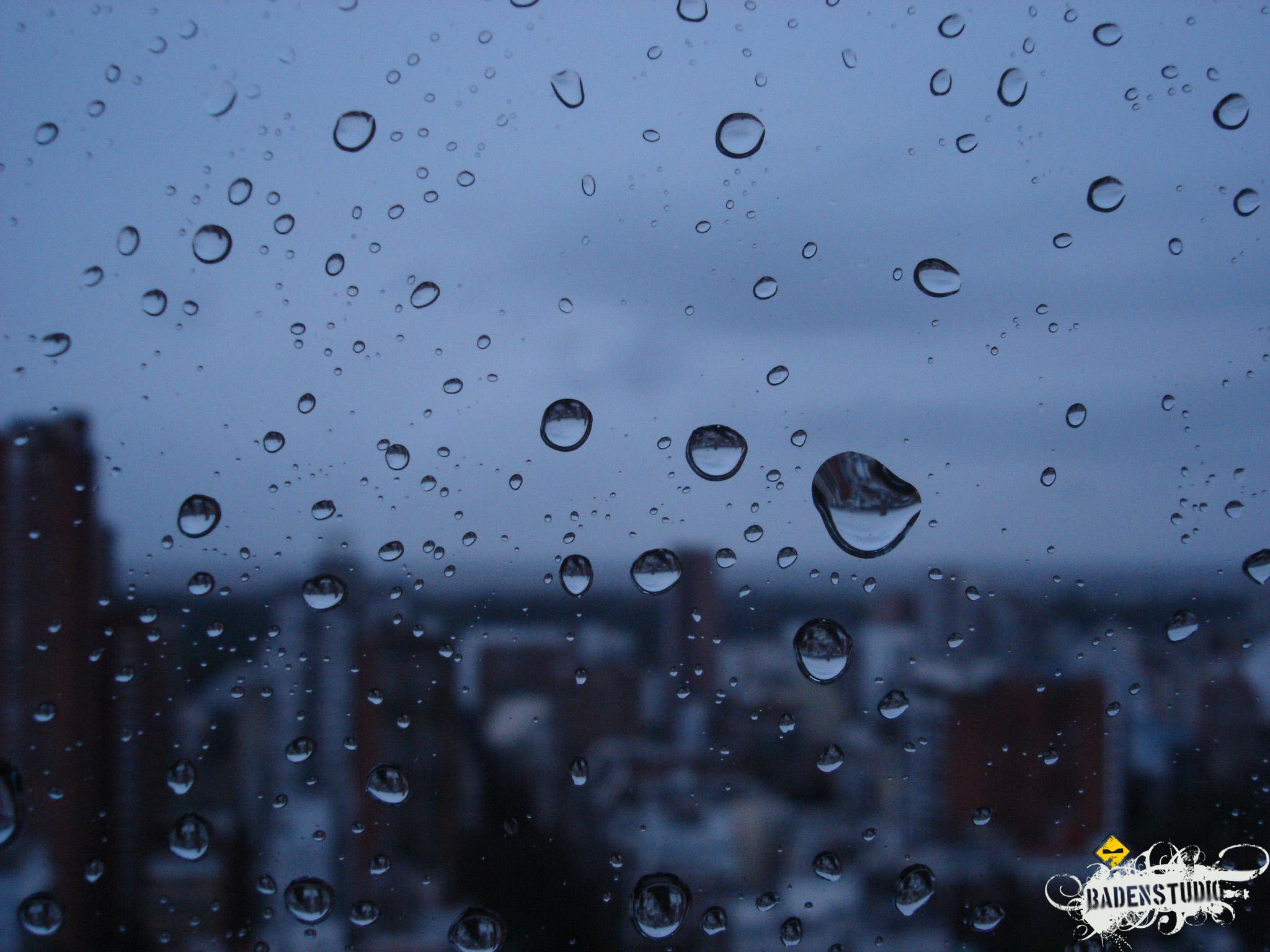 http://fc06.deviantart.net/fs14/f/2006/353/8/d/Its_raining_day_Aleluya____by_badendesing.jpg