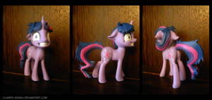 Crazy Twilight 3D Printed Figure by Clawed-Nyasu