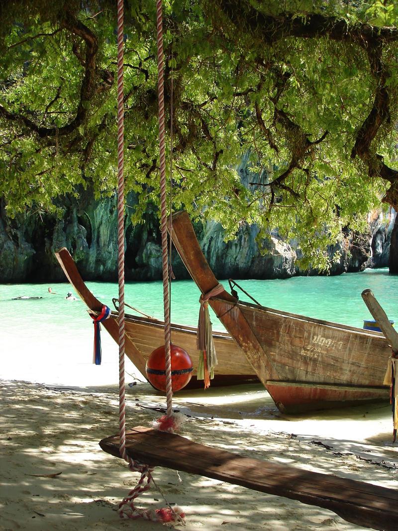 Paradise Island, Thailand by jonbar