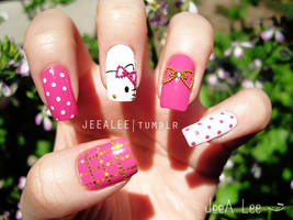Hello Kitty Nails by jeealee
