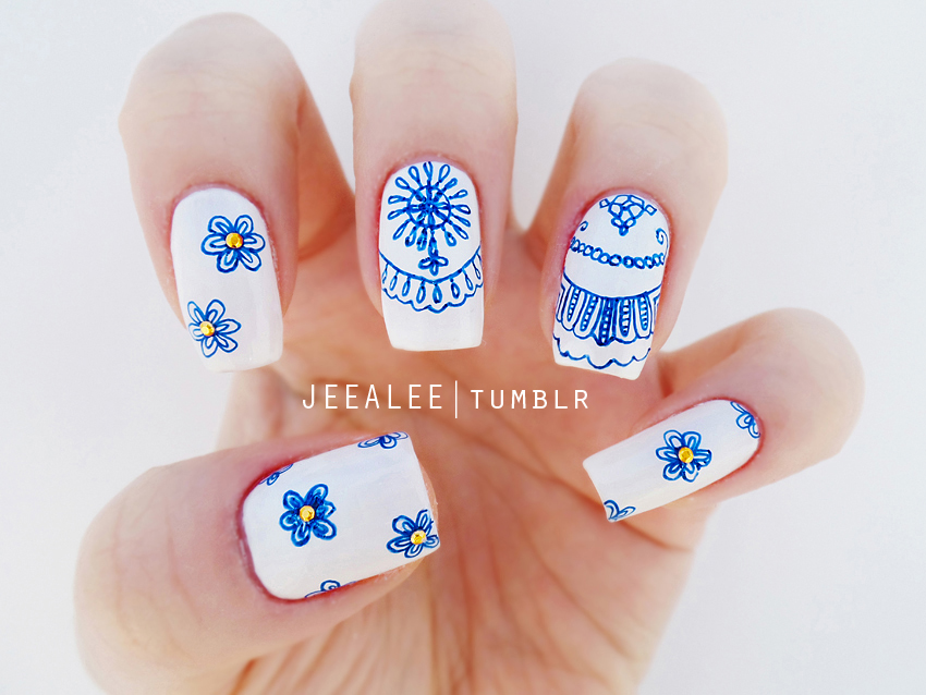 Blue and White Nails by jeealee on DeviantArt
