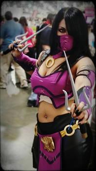 Mortal Kombat X Mileena Cosplay part 1
