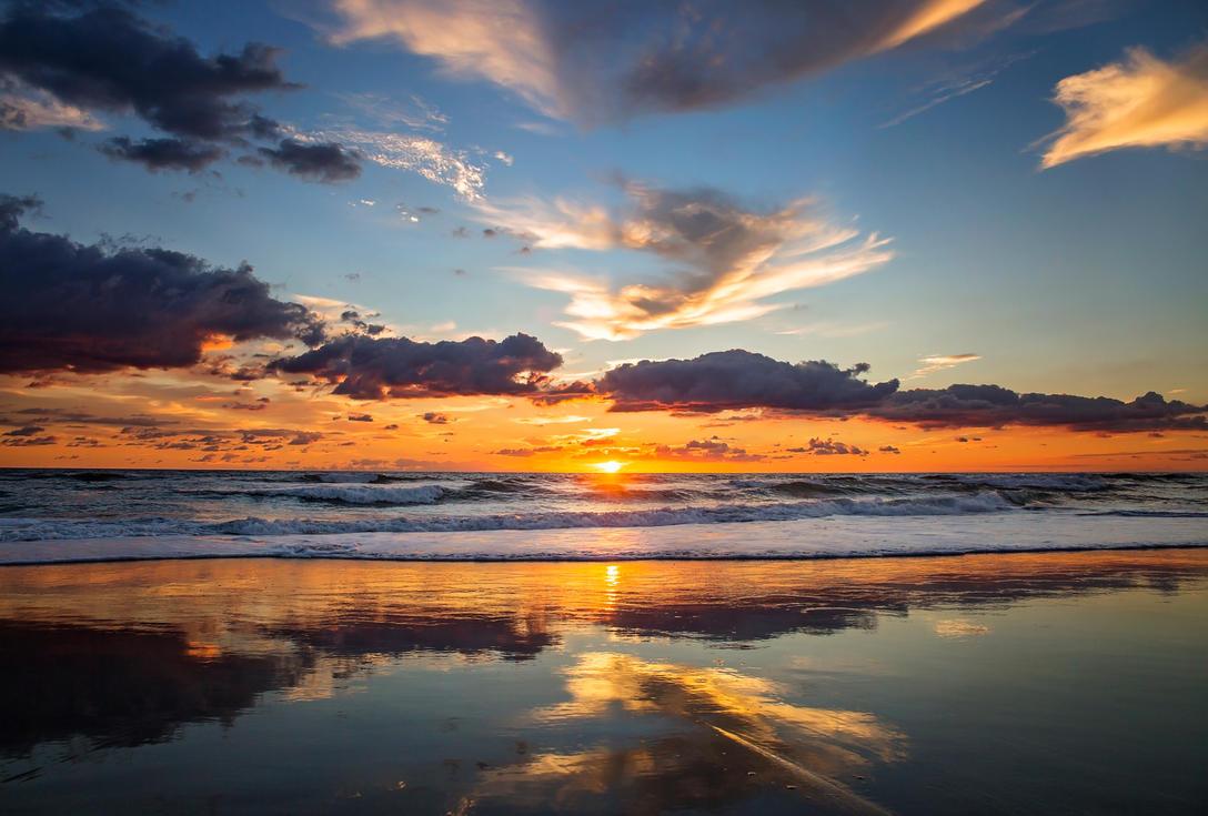 Nags Head Sunrise by steph9668