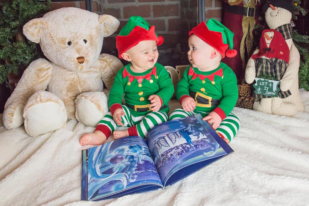 Santa's Elves by steph9668