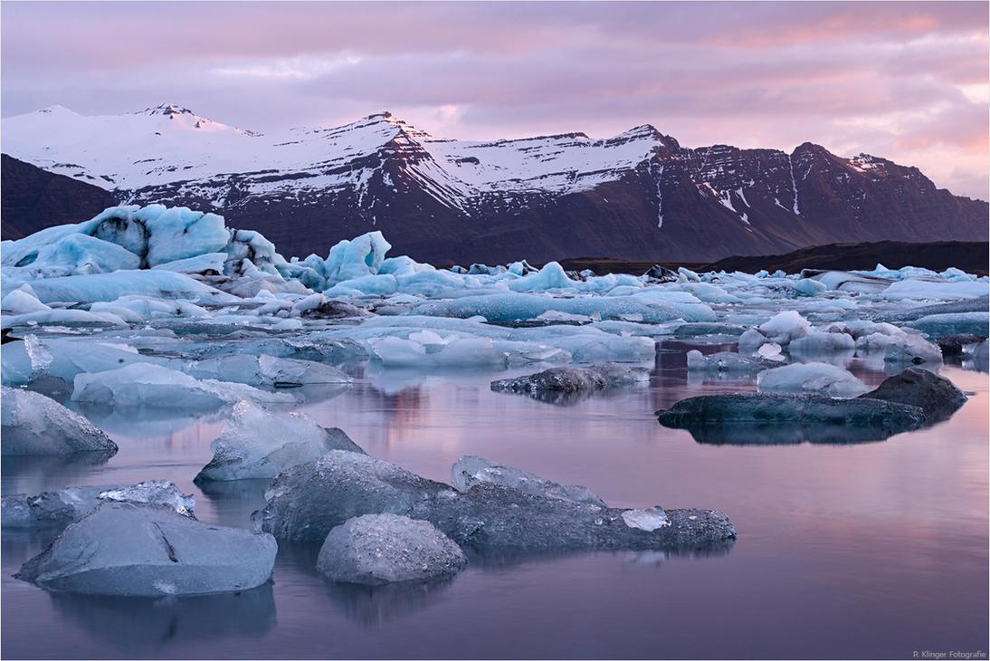 Glacier lagoon morning by Aphantopus