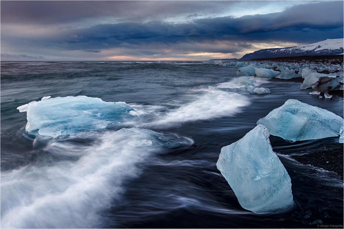 Ice Beach by Aphantopus