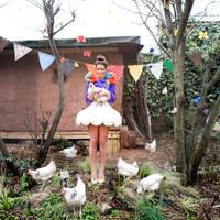 chicken carnival party by BEINTAbeinta
