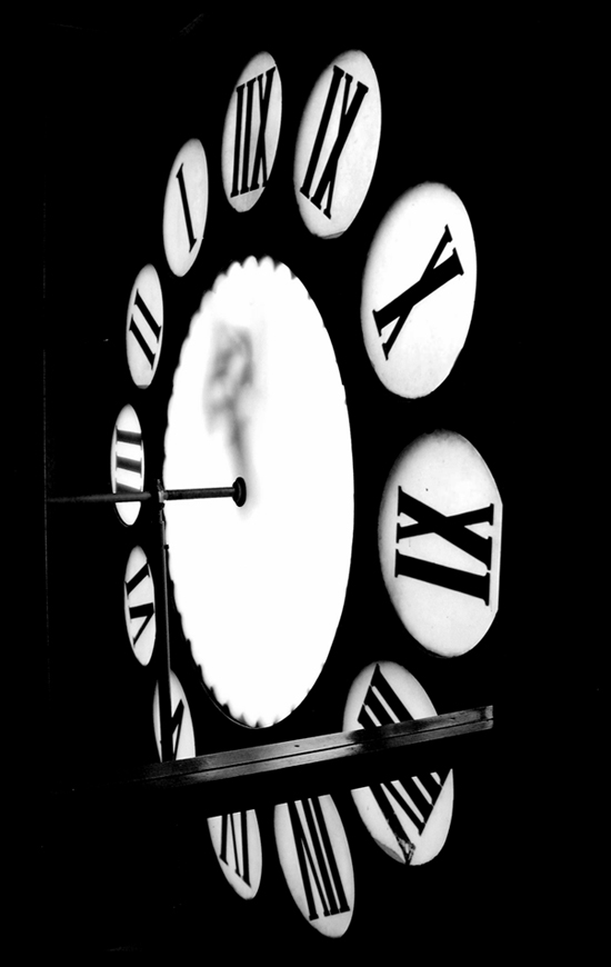 Clock by baraniaczek