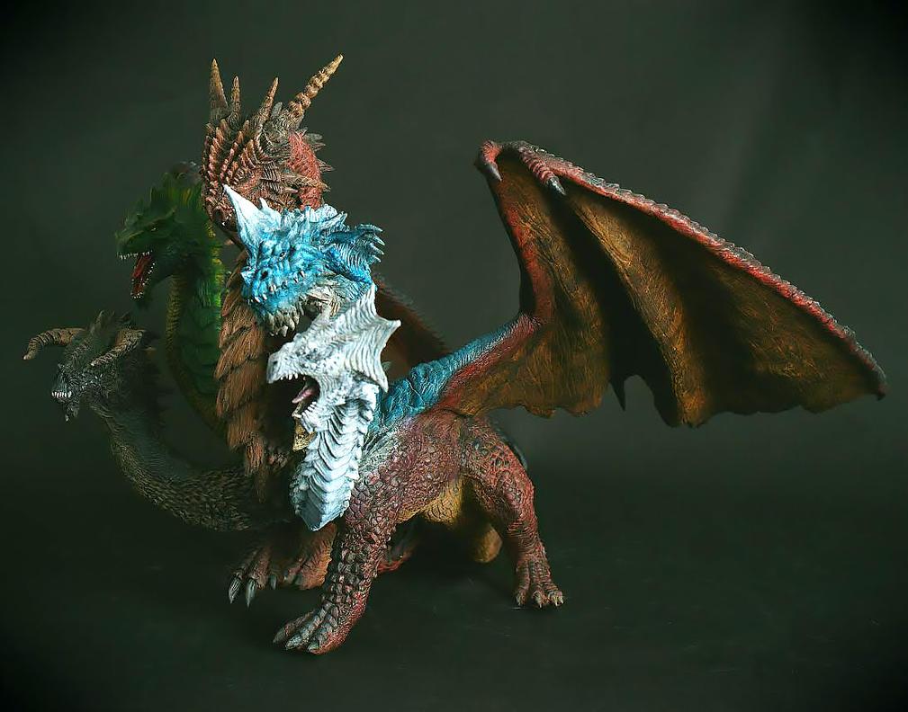 5 Headed Dragon Statue by FritoFrito