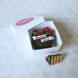[Black Mirror] - Miniature Cake by StupidSiren