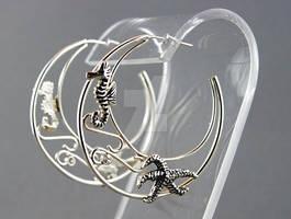 Seahorse and starfish silver hoop earrings