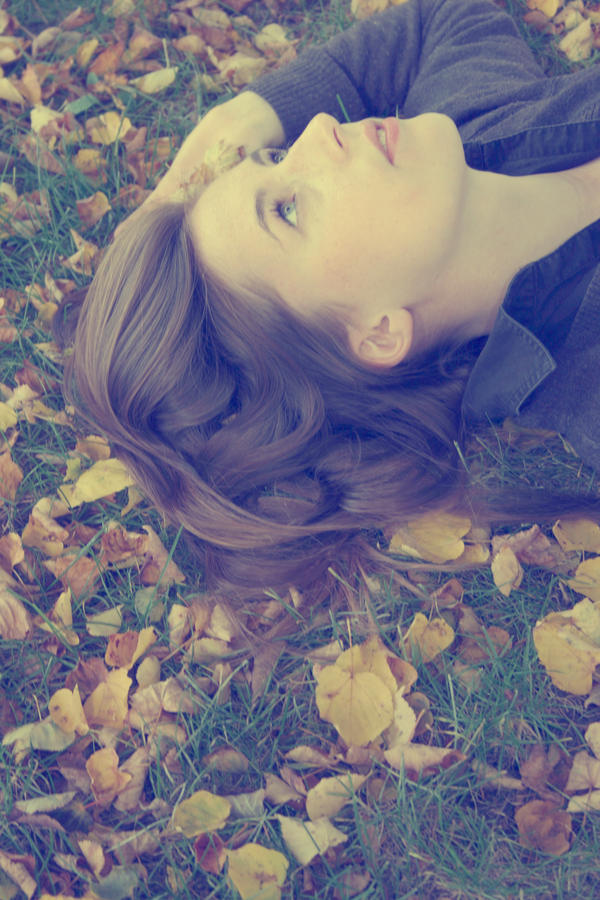 octobre by Lytune