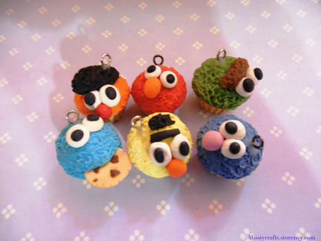 Sesame Street Charm Cupcakes