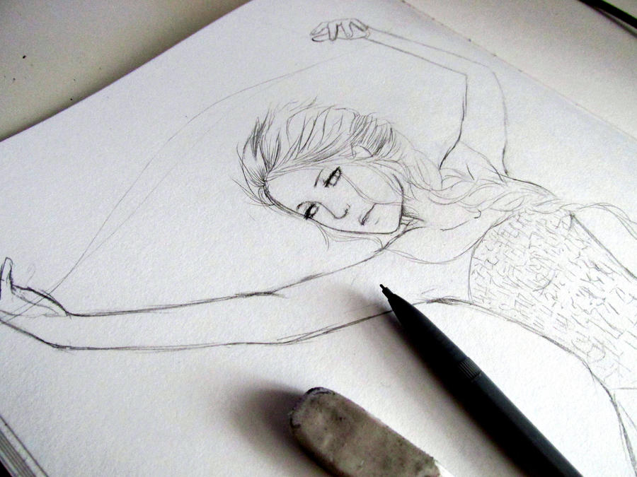 Elsa Sketch by Hattiart