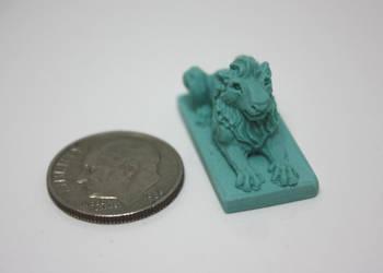Miniature Lion Statue 2 by gaernavi