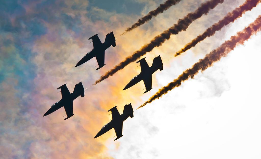 Rus aerobatic team at MAKS 2011 by aryss-skahara