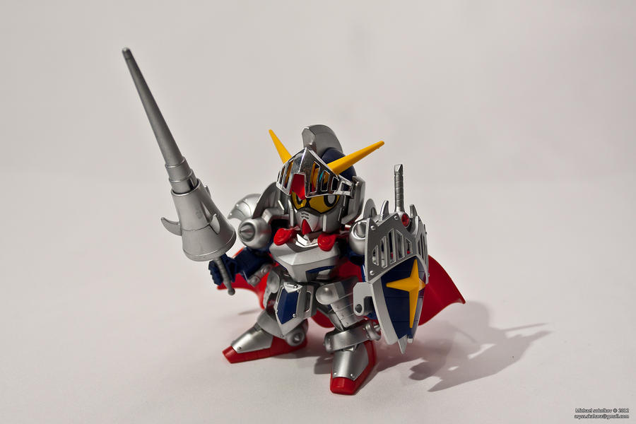 SD Knight Gundam by aryss-skahara