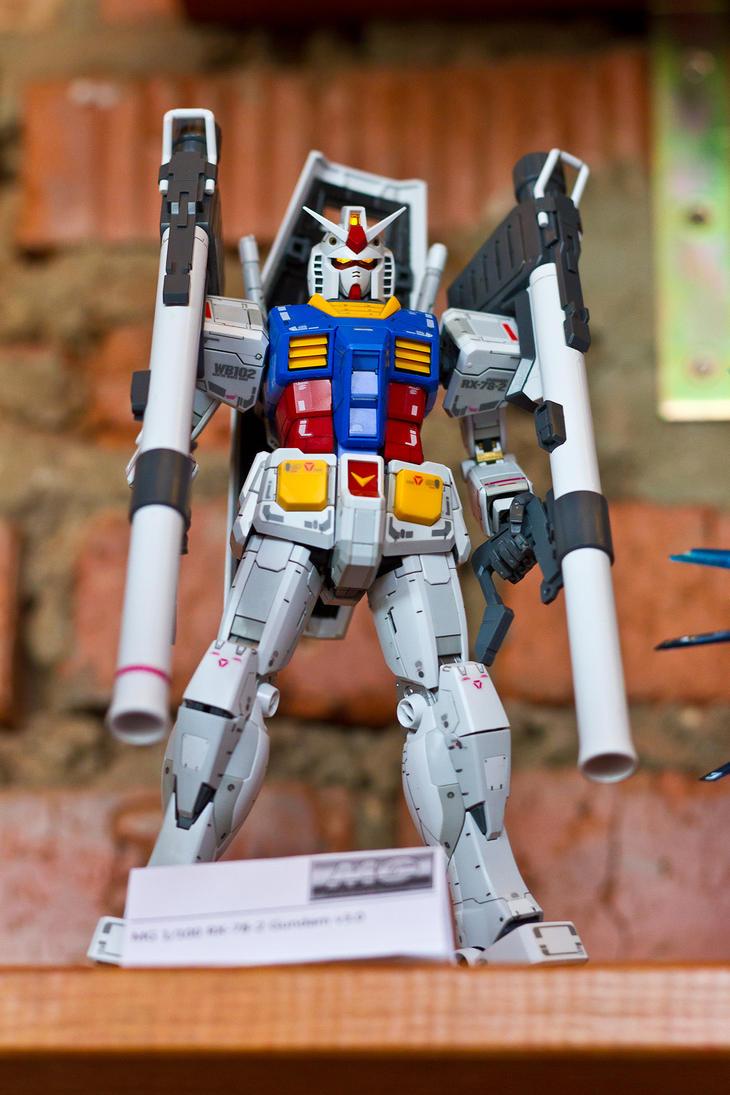 MG 1/100 RX-78-2 Gundam v3.0 @ Moscow Gundam Event by aryss-skahara