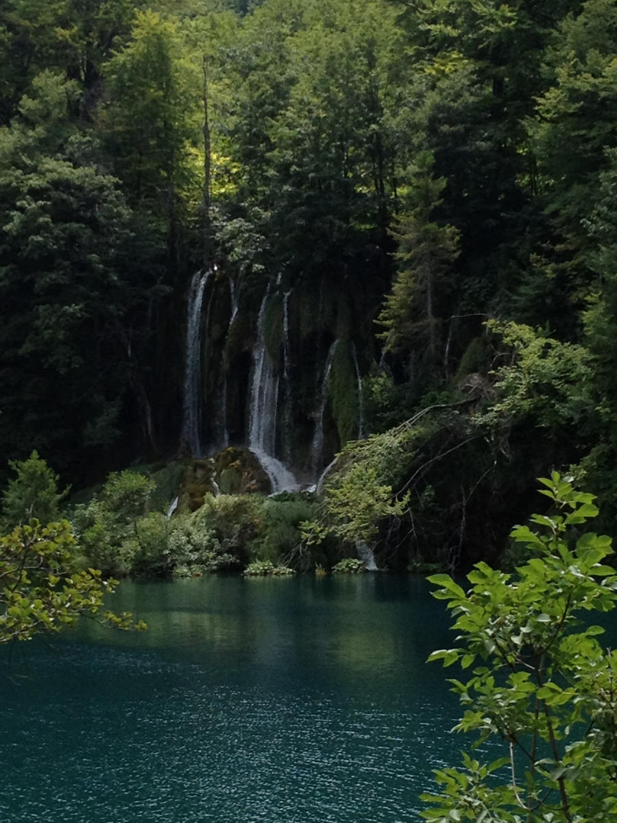 Plitvice lakes 1 by DiLulu