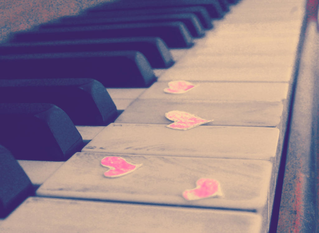 Piano Hearts by talesteacupsncollies