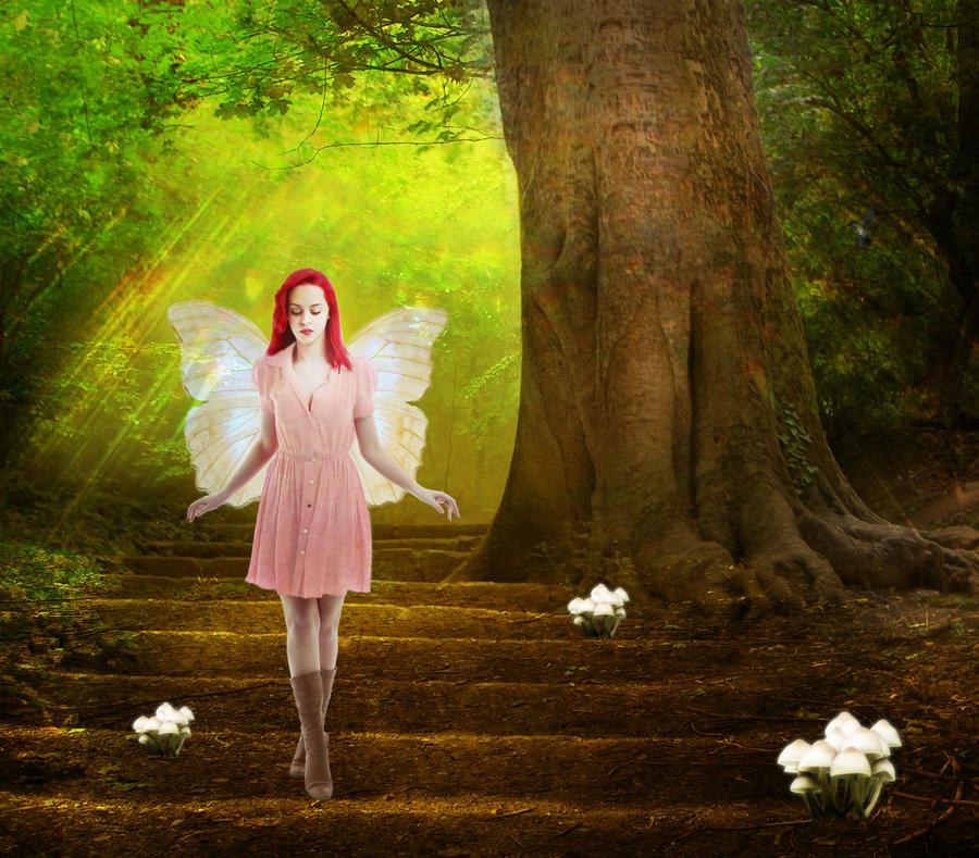 Woodland Faerie by bibliomanicgirl