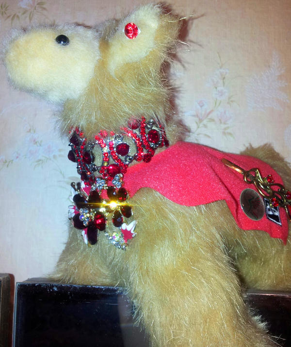 Llama in rubies by Kit2000andAnna