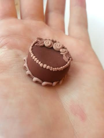 Miniature Chocolate Cake by dreamylittlethings