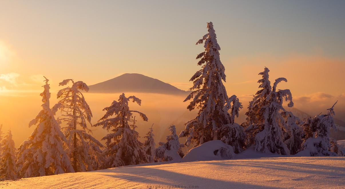 Strymba Mountain by Sergey-Ryzhkov