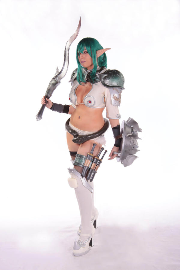 Echidna 3 by Shoko-Cosplay