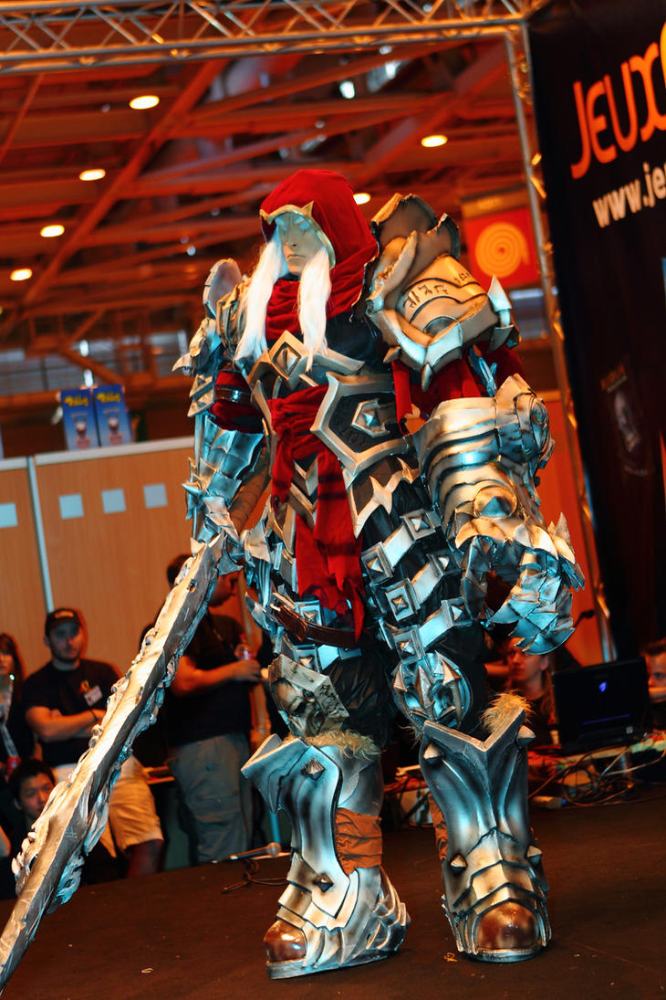 War - Darksiders by Shoko-Cosplay