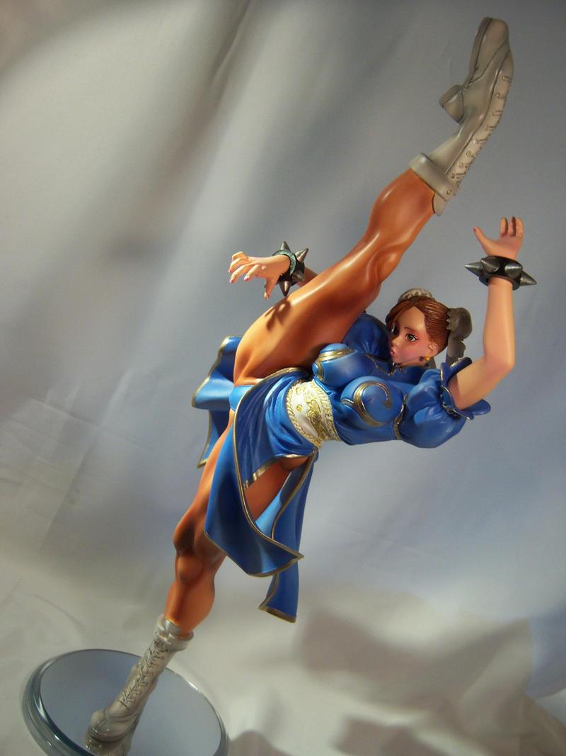 Chun-Li High kick 4 by Shoko-Cosplay